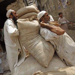 empleo_informal_mueve_83000_millones_dolares_Pakistan